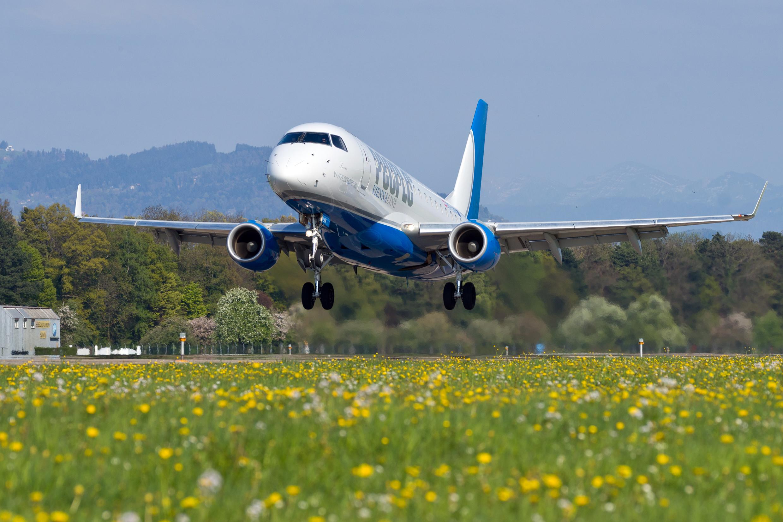 Flüge ab Flughafen Altenrhein