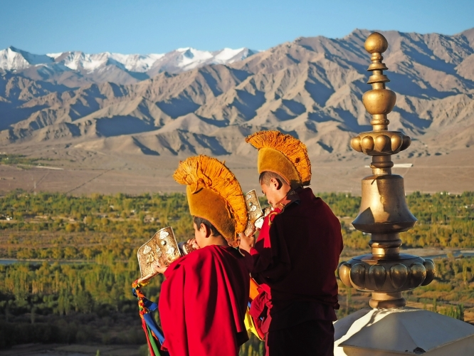 <p>Entdecken Sie mit uns «the art of glamping» am Fusse des Himalayas</p>